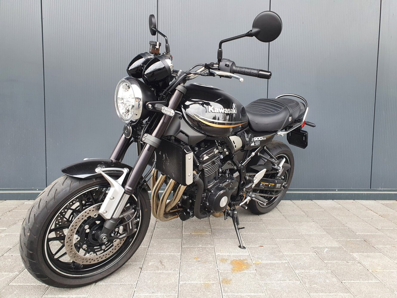 KAWASAKI Z 900 RS (Naked Bike)
